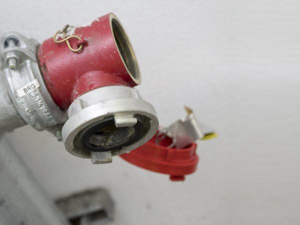 Fire hose extension reel